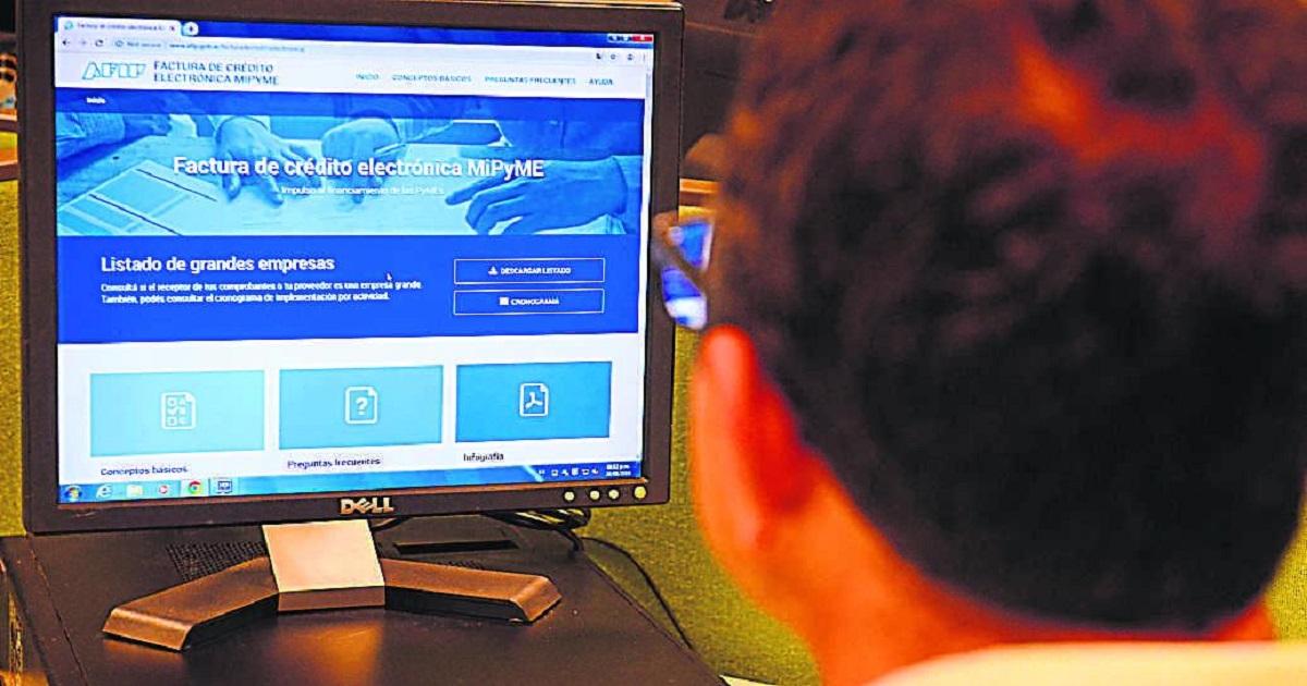 Factura de Crédito Electrónica MiPyMEs: AFIP actualizó el monto mínimo para su emisión